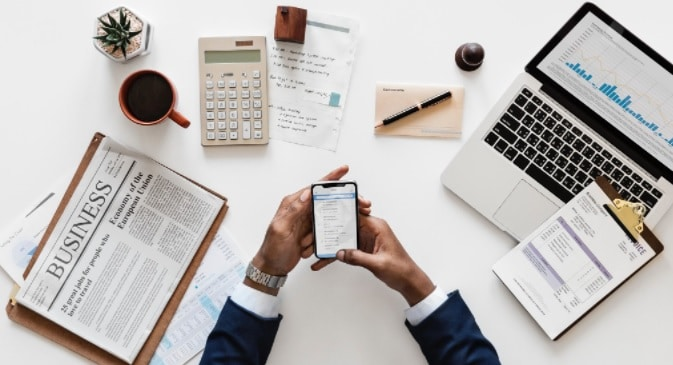 accountant on his office-virtual bookkeeping